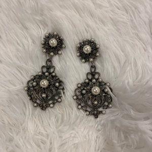 Vintage chandelier silver and pearl earrings